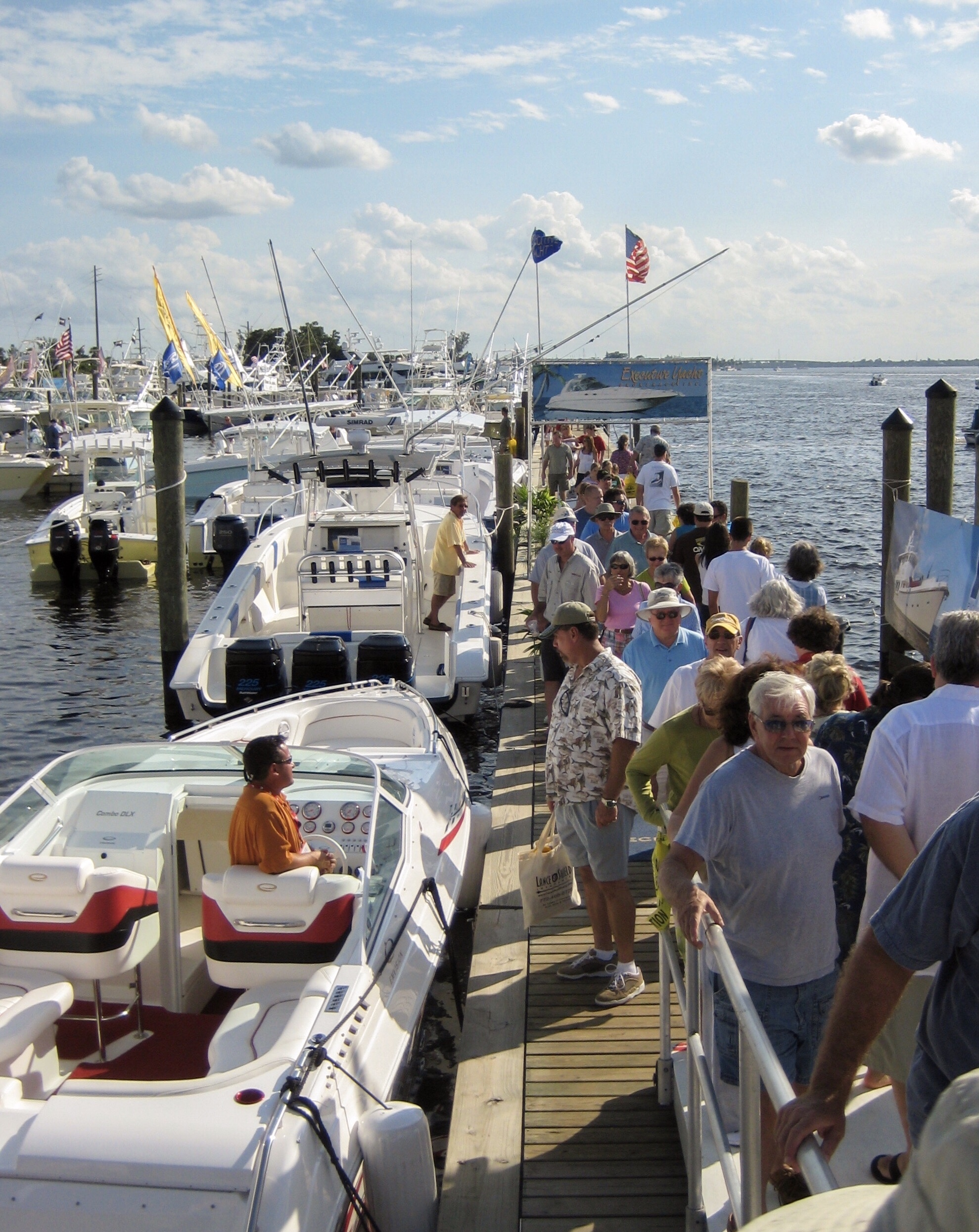 Stuart Boat Show -Patrons on the Floating Docks - Allsports Productions